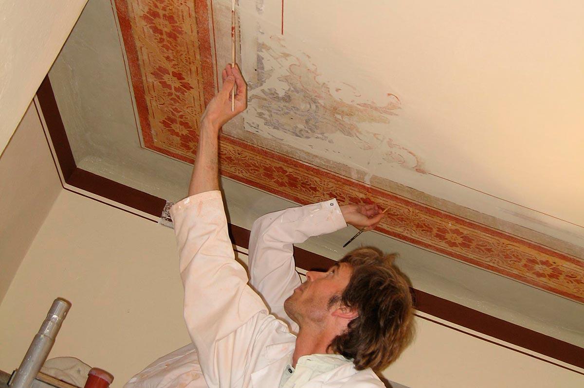 Renovieren und Vergrößern des kulturverein bahnhof um den Bühnenraum, 2009