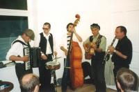 Die Bauernfänger bei der Eröffnung des kulturverein bahnhof am 27. Mai 2000